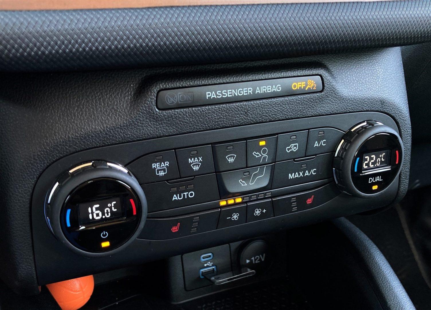 Imagem Fiat Bronco painel